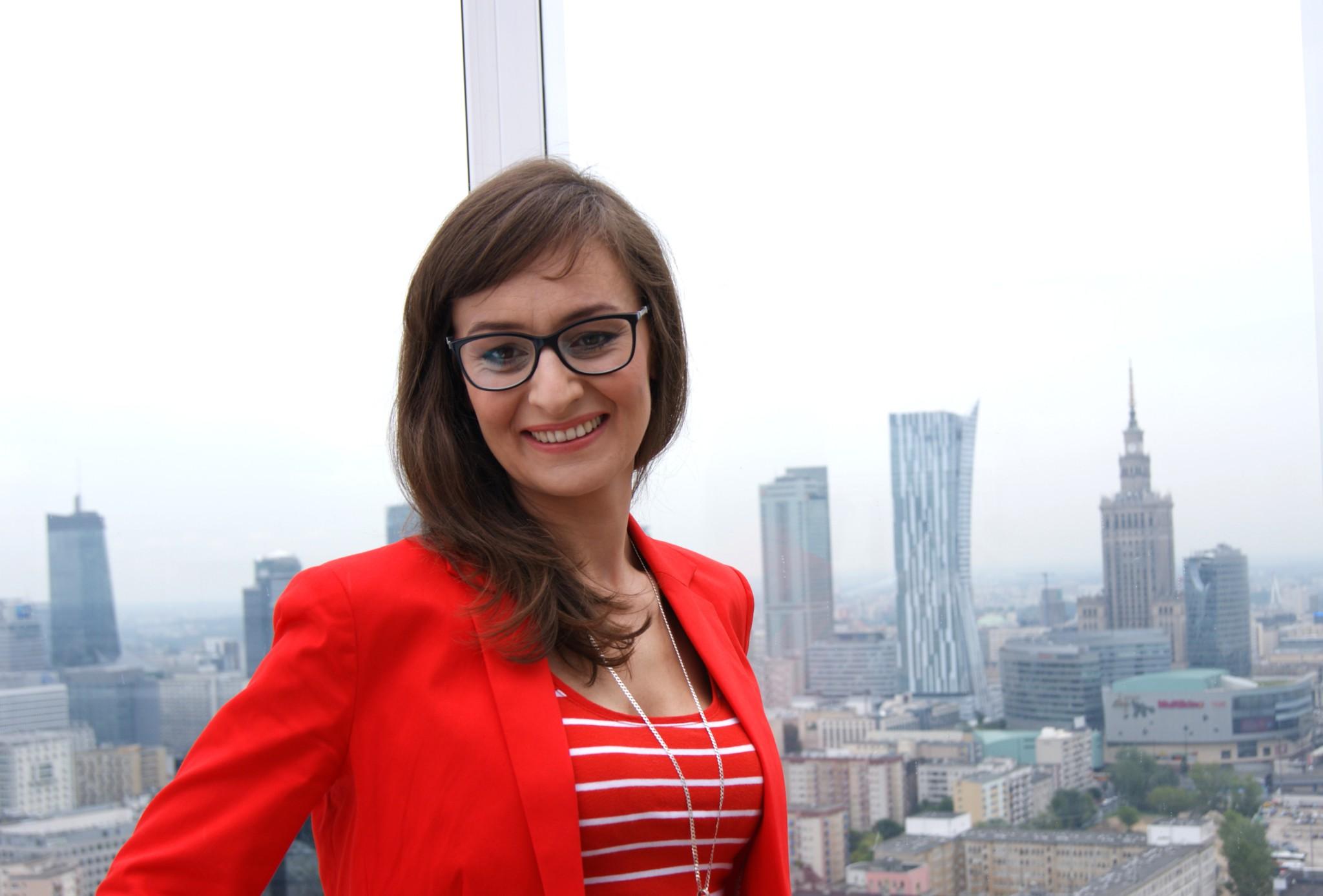 Iza na tle pięknej panoramy Warszawy